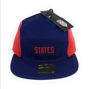 "Nike AW84 USA ""States"" Adjustable Soccer Hat"